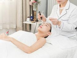 附近美容师技术培训学校哪个专业
