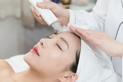 2021年学美容师大概有多少收入
